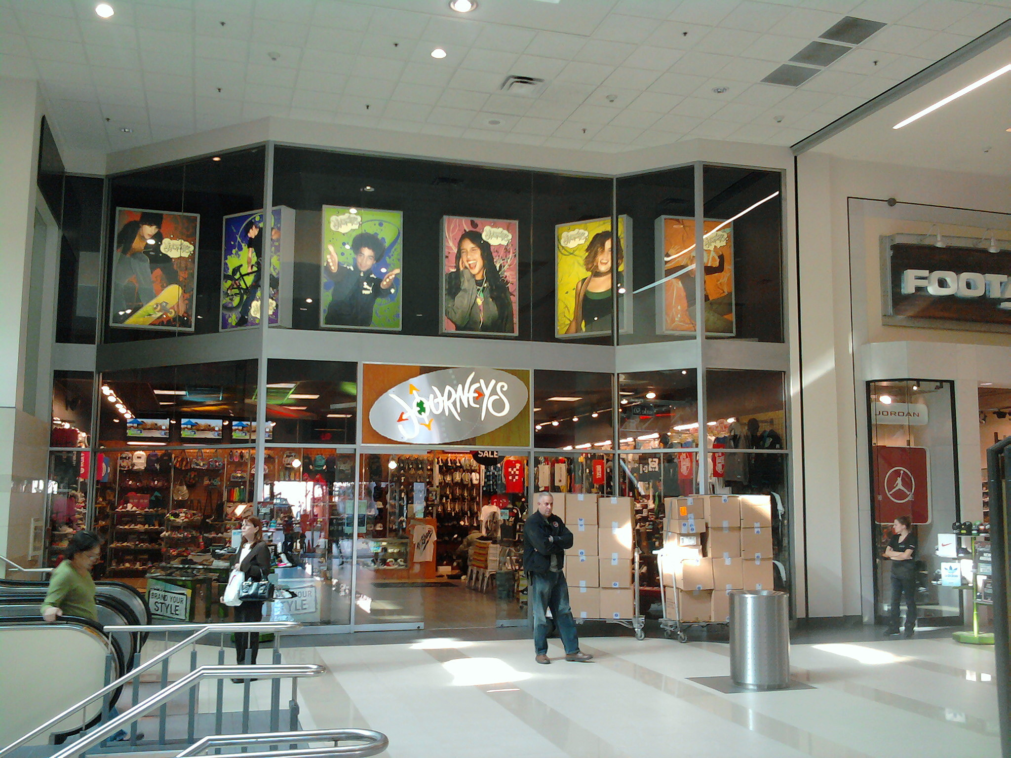Richland fashion mall movies 68