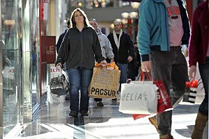 Shoppers Scurry For Last-Minute Christmas Purchases