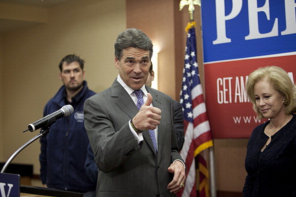 Rick Perry Announces He's Dropping Out Of Presidential Race
