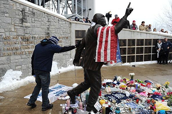 Penn State mourns Joe Paterno
