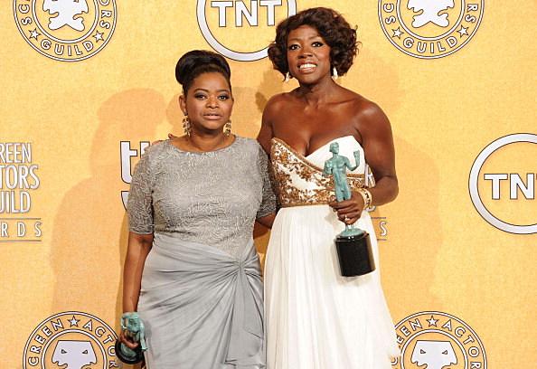 Octavia Spencer (L) and Viola Davis