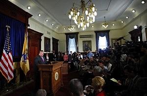 New Jersey Gov. Chris Christie Announces His 2012 Plans