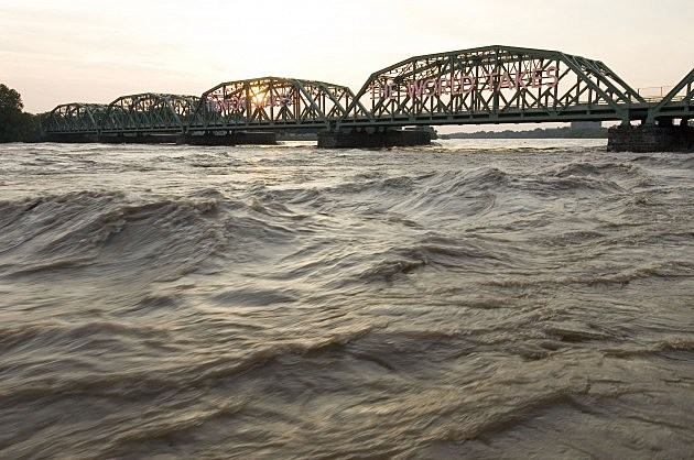 Would YOu like to See a Zombie Battle of the Trenton Makes Bridge?