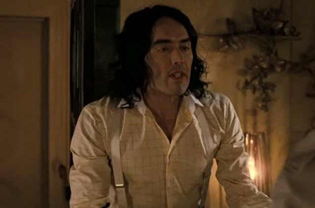 "Russell Brand in ""Arthur"""