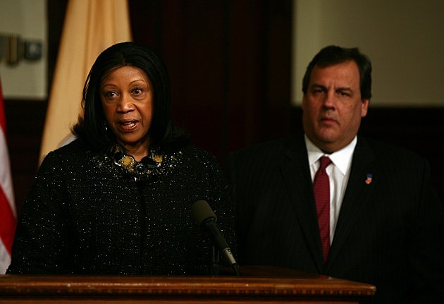 Assembly Speaker Sheila Oliver and Governor Chris Christie