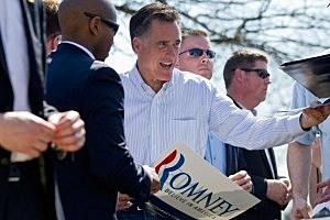 Mitt Romney campaigns in Kirkwood, Missouri