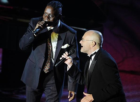 Singers Philip Bailey and Phil Collins perform at the 41st annual Songwriters Hall of Fame at The New York Marriott Marquis on June 17, 2010 in New York City.