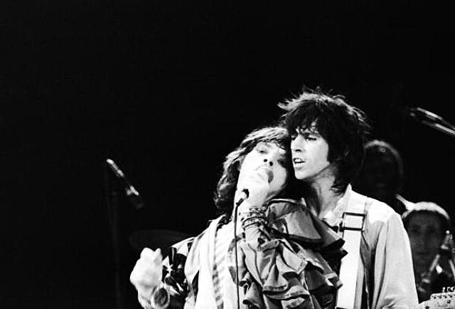 Mick Jagger and Keith Richards of the Rolling Stones performing at Earl's Court, London, 25th May 1976.