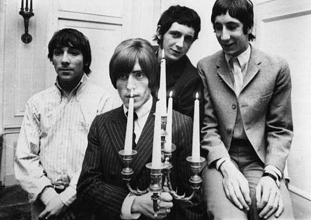 nglish rock group The Who, during their 1966 German/Swiss tour, from left to right; drummer Keith Moon (1947 - 1978), Roger Daltrey (vocals), John Entwistle (1944 - 2002, bass guitar) and Pete Townshend (guitar).