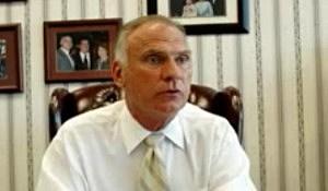 Dennis Elwell