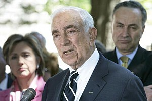 Senator Lautenberg at a 2006 press conference with Flight 103 families