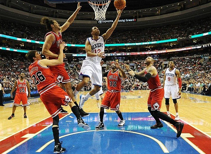 Sixers Rally to Beat Bulls and Claim Series Lead
