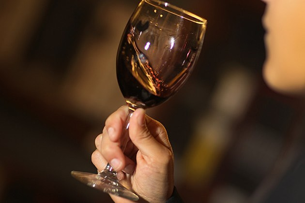 Could wine consumption lead to better health?