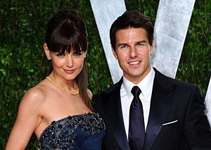 Katie Holmes (L) and Tom Cruise