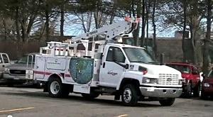 Verizon repair truck