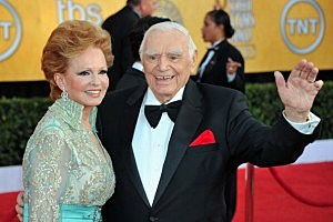 Ernest Borgnine (R) and wife Tova Borgnine