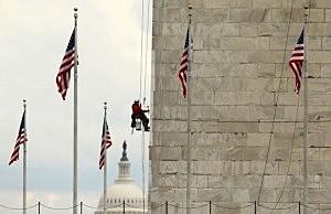 Inspection of Washington Monument following 2011 earthquake