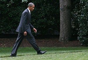 President Barack Obama walks to the Oval Officeake Of CO Shooting (Mark Wilson/Getty Images)