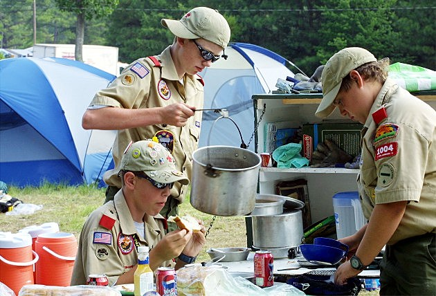 Boys Scouts Keep Anti-Gay Policy