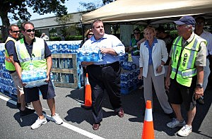 Governor Christie hands out water