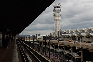 Control tower at Ronald Reagan National Airport