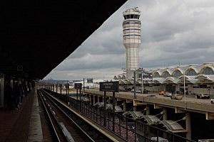 Control tower at Ronald Reagan National Airport