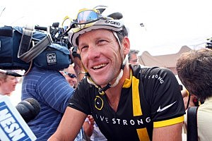 Lance Armstrong attends the 2011 Pan-Massachusetts Challenge