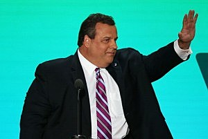 Gov. Chris Christie waves as he takes the stage during the Republican National Convention