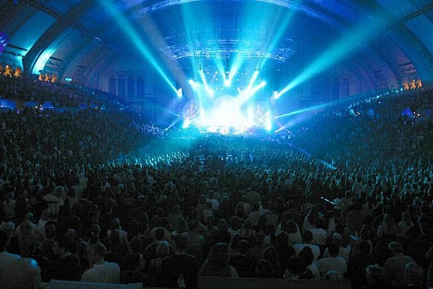 Arena Crowd Shot - AC Bordwalk Hall