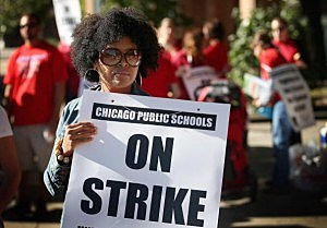 Chicago public school teachers picket
