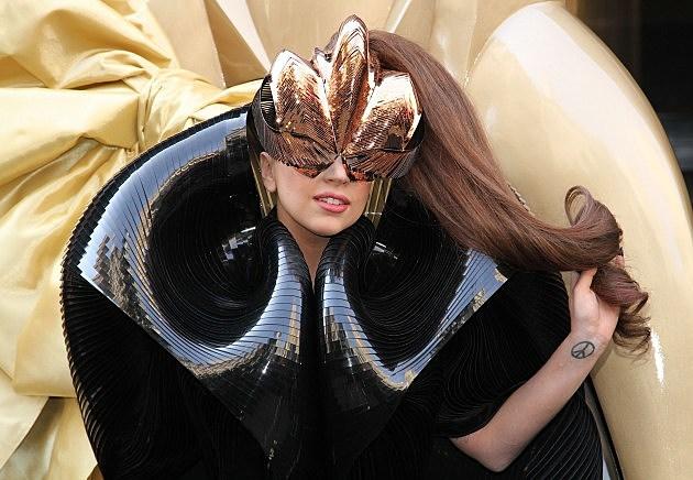 Lady GaGa Smokes Marijuana on Stage