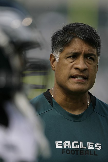 Juan Castillo fired from the Philadelphia Eagles as Defensive Coordinator