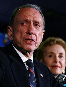 Sen. Arlen Specter (D-PA) (L) concedes defeat at a primary night gathering of supporters and staff with his wife Joan Specter