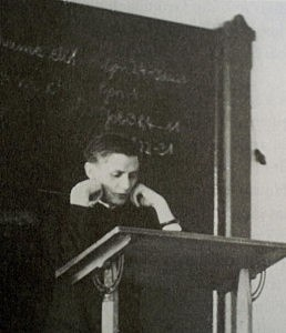 Joseph Ratzinger gives a theology lecture at the University of Freising during the summer semester in 1955.