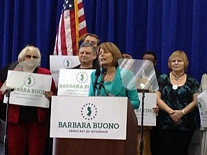 Senator Barbara Buono kicks off her campaign for Governor with a rally at New Brunswick High School