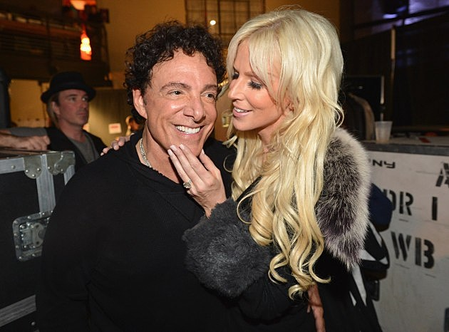 Neal Schon of Journey and Michaele Salahi (Getty Images)