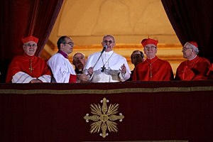 Newly elected Pope Francis I speaks to the waiting crowd