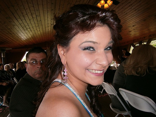 Jenessa in Millstone - Vote for her as the Dennis and Judi Cutie of the Week