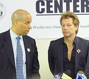 Newark Maryor Cory Booker (L) with Jon Bon Jovi in 2011