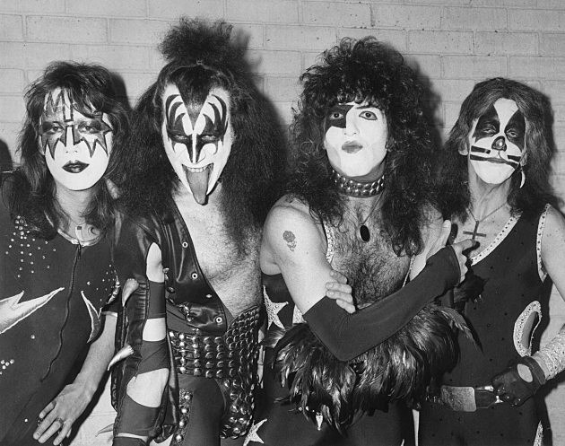 Hyserical Video Spoof of Kiss' Classic Hit 'Beth'
