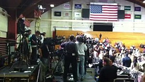 Crowds await the arrival of President Obama at the University of Hartford