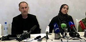(L-R) Anzor & Zubeidat Tsarnaev, parents of Boston Marathon bombing suspects at a Russian press conference