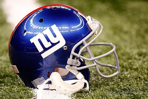 New York Giants sign 2014 schedule