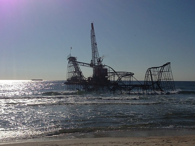 Jet Star Roller Coaster in Seaside Heights on demolition day May 14, 2013 (NJ101.5 / TownsquareMedia)