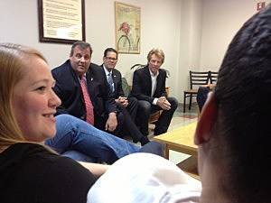 Governor Christie & Jon Bon Jovi talk to patients at Turning Point in Paterson