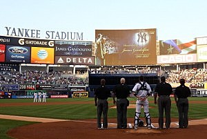 The New York Yankees have a moment of silence for James Gandolfini prior to Thursday's game