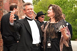Randy Travis and Amy Grant