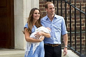 Catherine, Duchess of Cambridge and Prince William, Duke of Cambridge depart The Lindo Wing with their newborn son at St Mary's Hospital