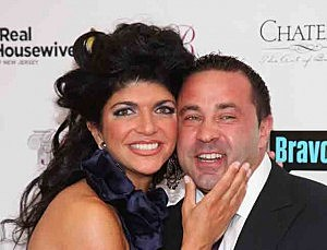 Teresa Giudice (L) and husband Joe Giudice