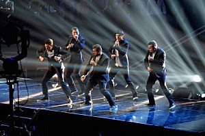 'NSYNC performs during the 2013 MTV Video Music Awards at the Barclays Center